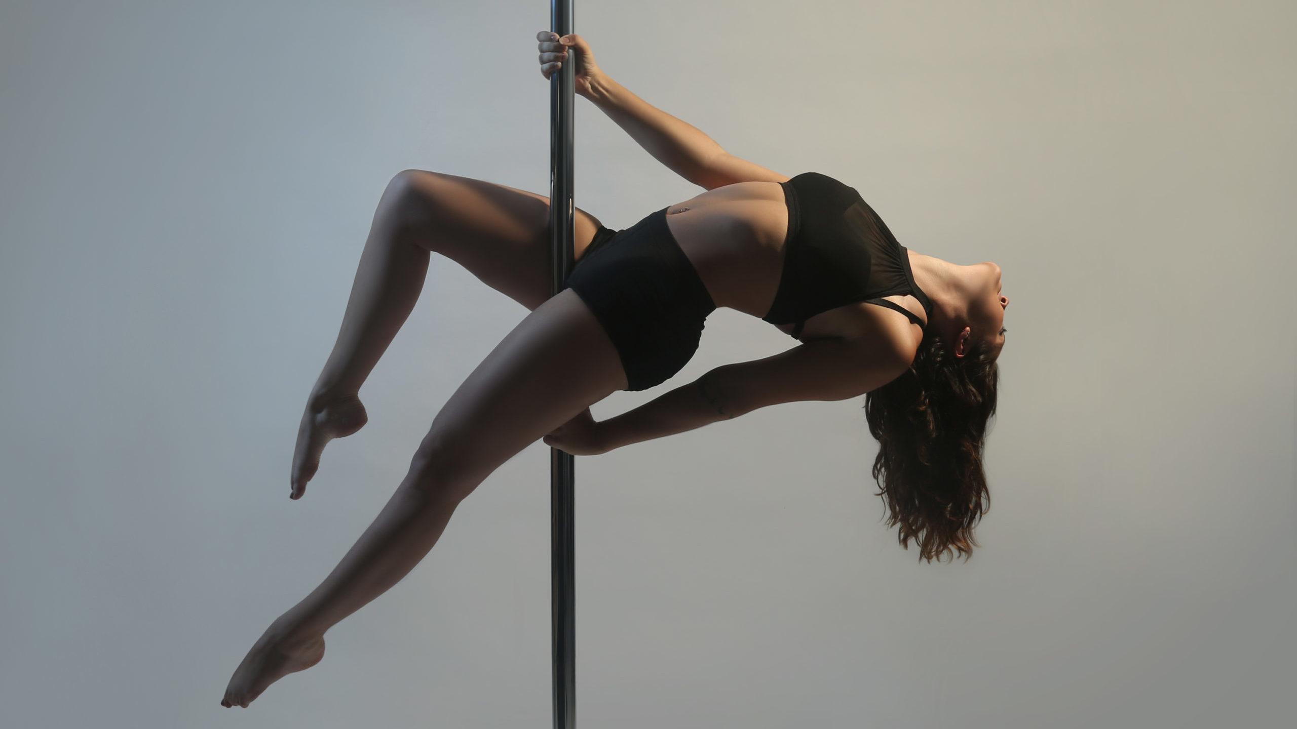 Mon premier cours de pole dance