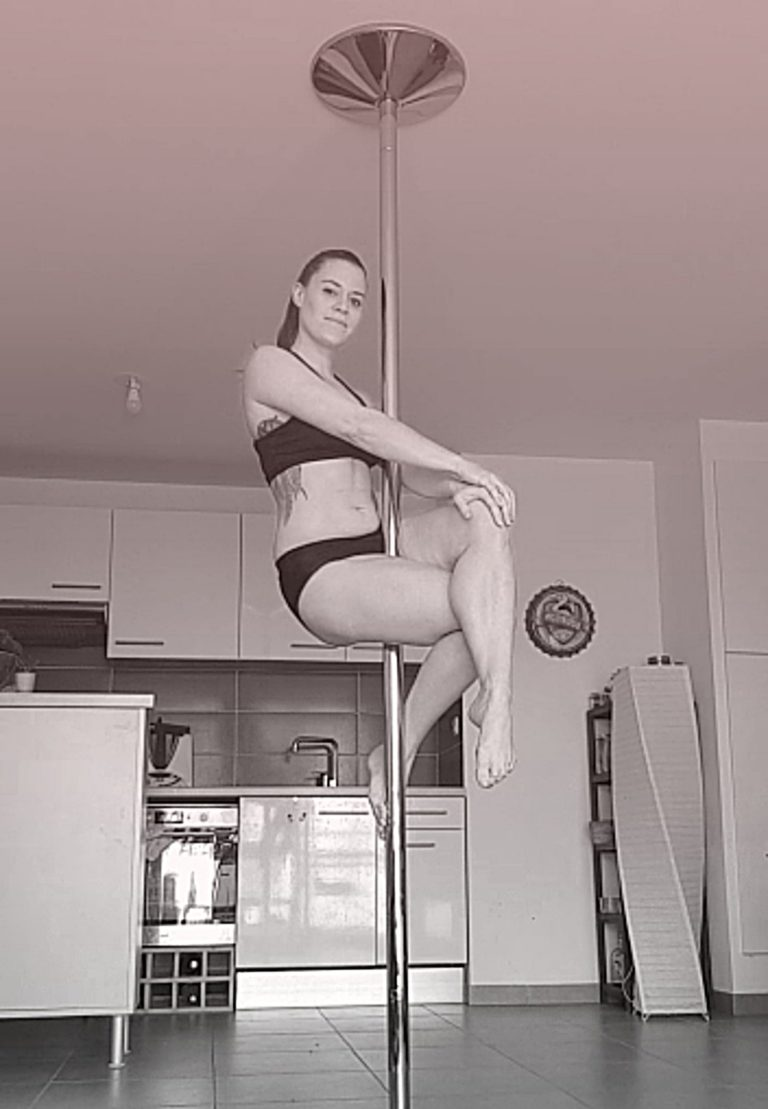 Basic sit pole dance