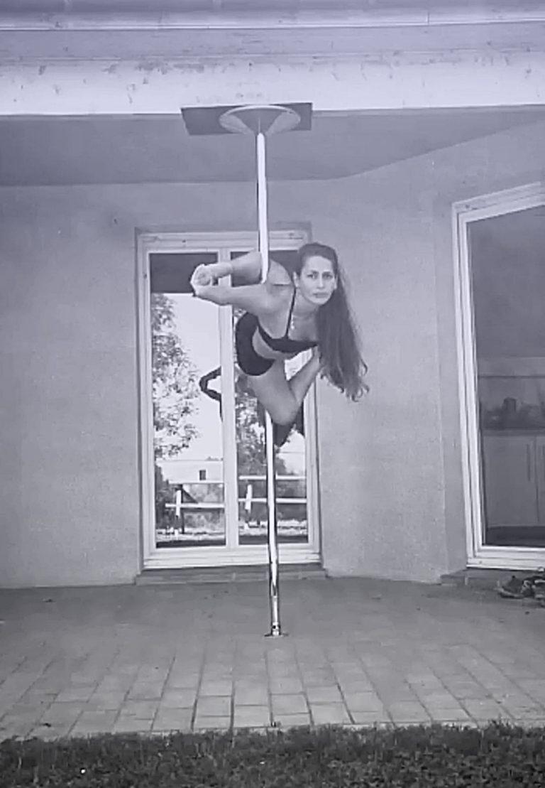 Gargoyle pole dance