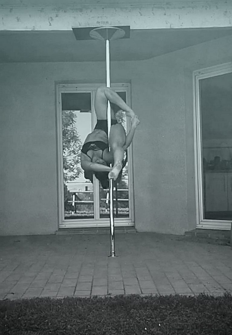 SexyFlexy pole dance